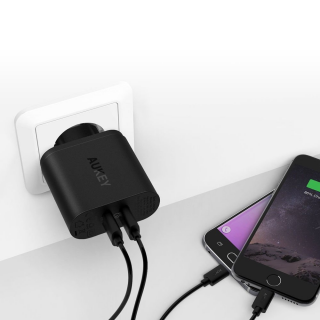 AUKEY Quick Charge 3.0 Dual Port Wall Charger - PA-T13