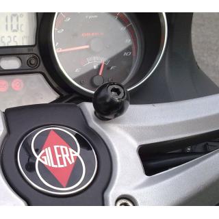 RAM guľa na riadidlá motocykla